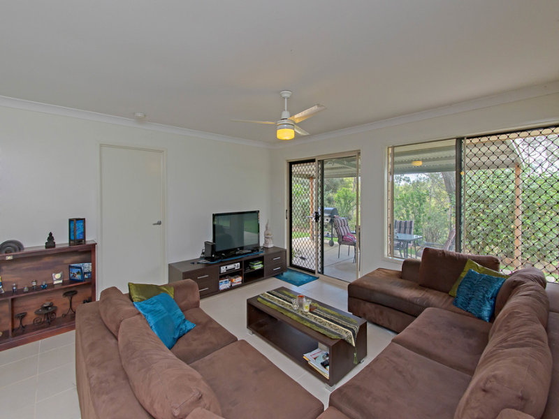 104 lockyer View Rd, Wivenhoe Pocket, Qld 4306