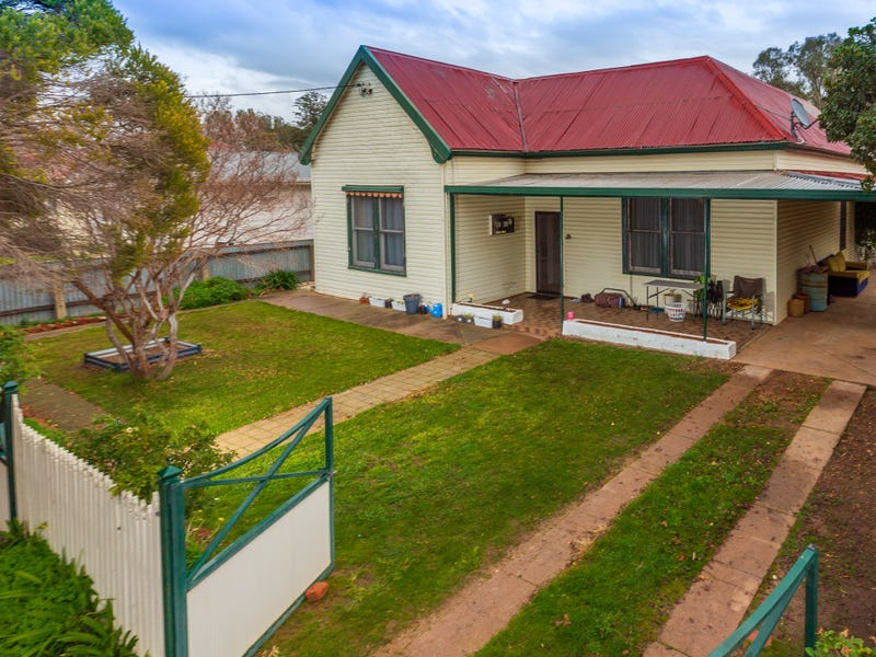 6 Second Ave, Henty, NSW 2658