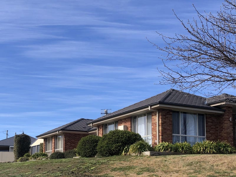 8 Somerset Place, Crookwell, NSW 2583