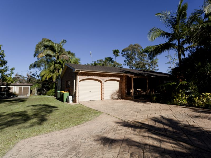 128 Old Bar Road, Old Bar, NSW 2430