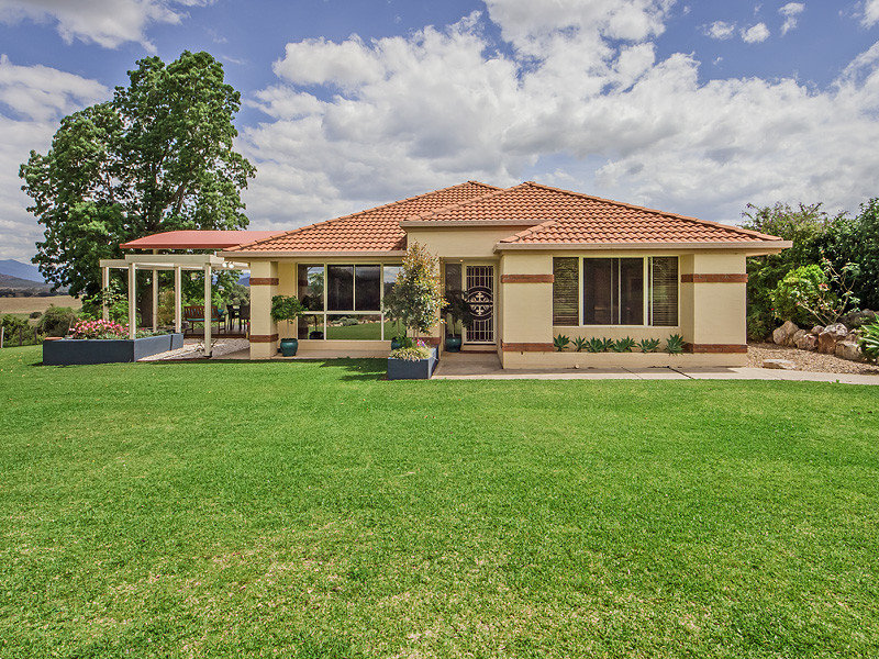 77 Martin Road, Mount Alford, Qld 4310