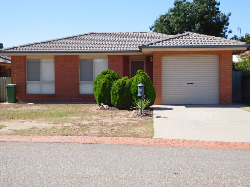 21 Girraween Mews, Glenfield Park, NSW 2650