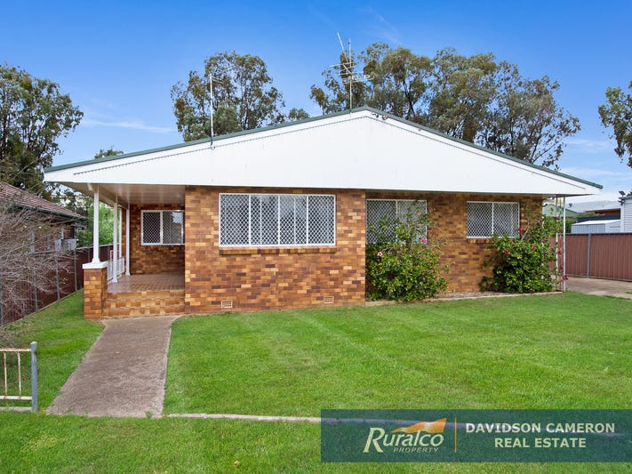 12 Duri Road, Tamworth