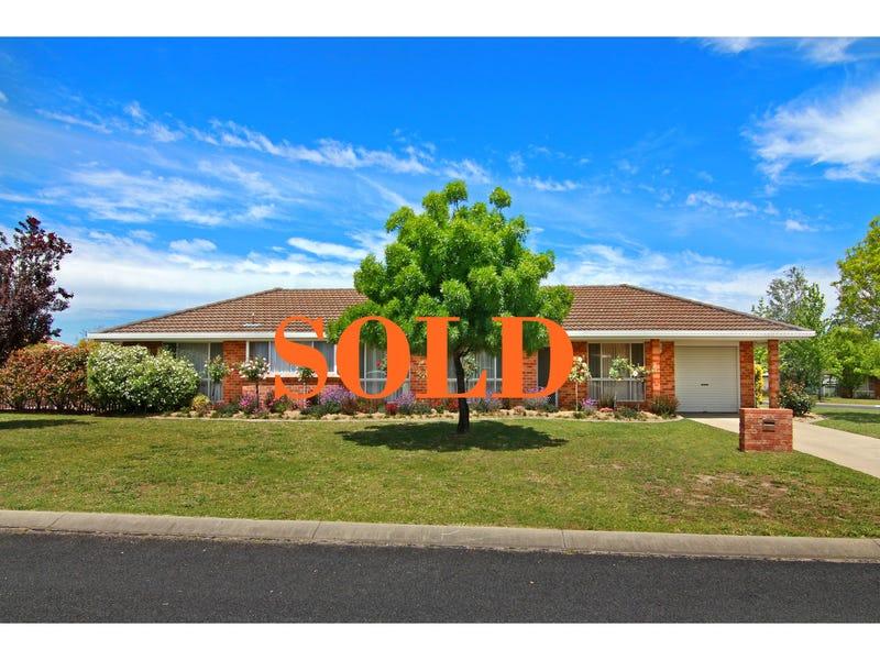 44 MacDonald Drive, Armidale, NSW 2350