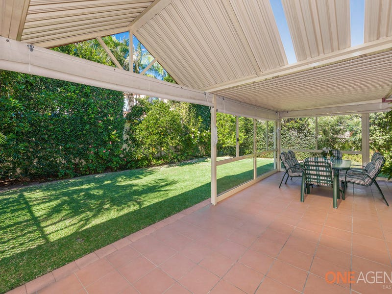 6 Driftwood Close, Caves Beach, NSW 2281