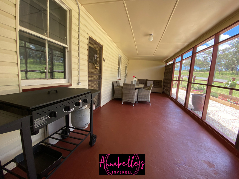 62-64 Burnett Street, Inverell, NSW 2360