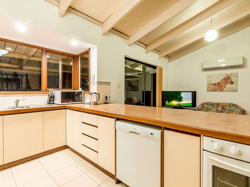 8 Allpike Road, Darlington, WA 6070