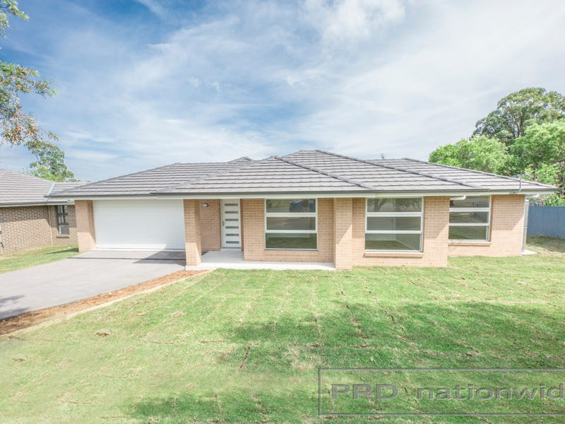 2c West St, Greta, NSW 2334