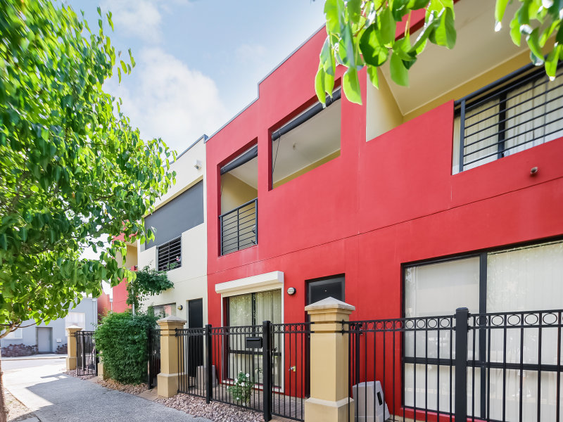 27a The Strand, Mawson Lakes, SA 5095