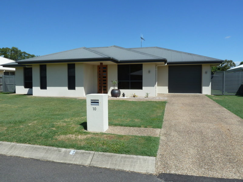 House 10/4 Oasis Ct, Bundaberg North, Qld 4670