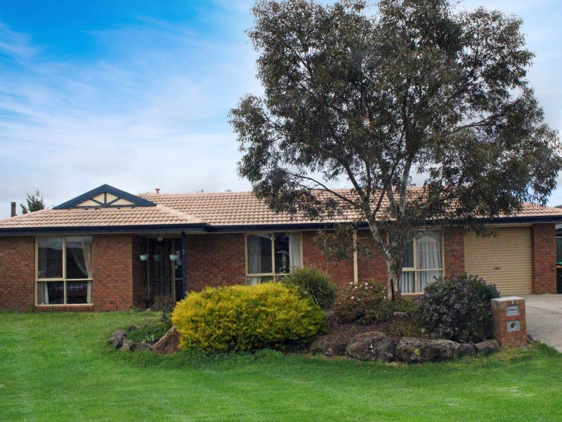 8 Sark Court, Hoppers Crossing, Vic 3029