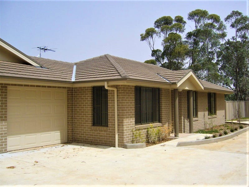 2/63 Segenhoe Street, Aberdeen, NSW 2336