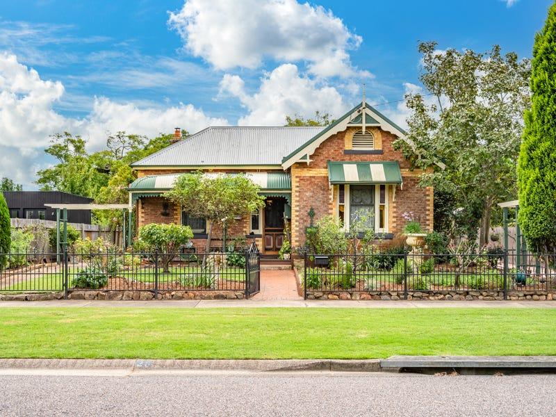 26 King Street, Lorn, NSW 2320