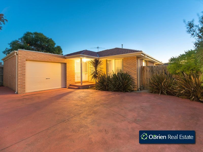 2/16 Oliver Court, Narre Warren South, Vic 3805