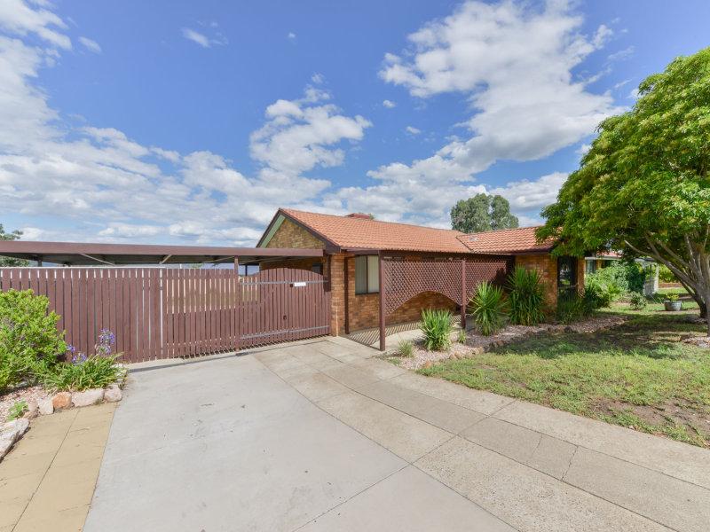 5 Wylie Place, Westdale, NSW 2340