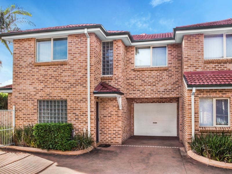 2/180 Newbridge Road, Moorebank, NSW 2170