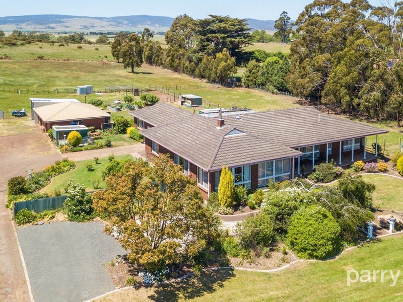 6 Grant Street, Campbell Town, Tas 7210