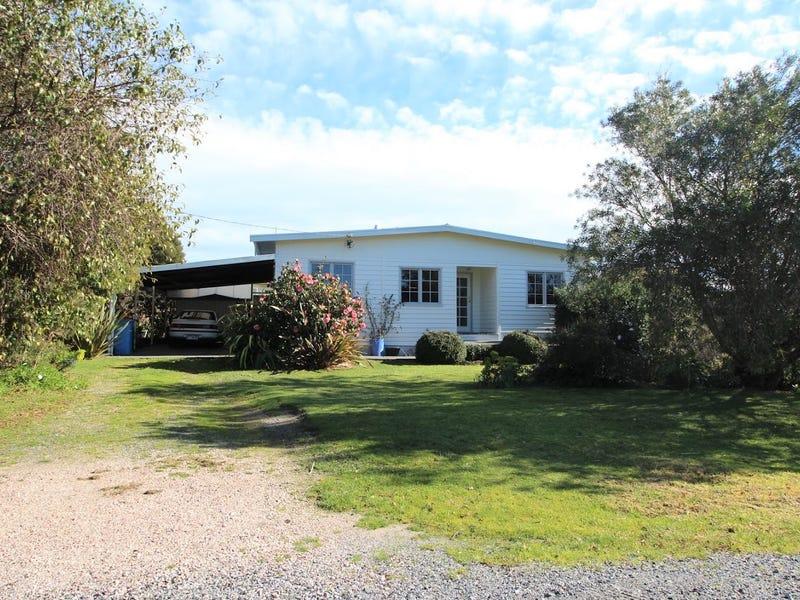 12 River Road, Port Sorell, Tas 7307