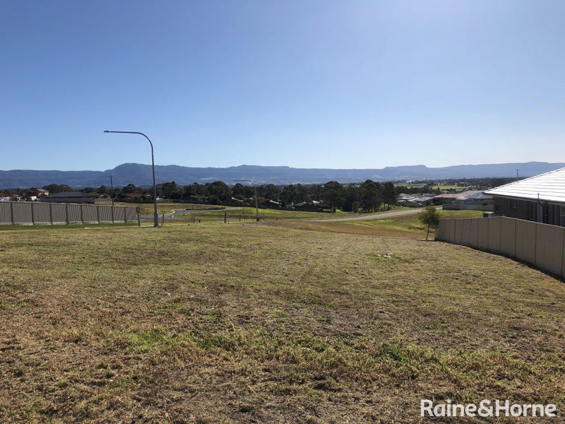 43 Jindalee Crescent, Nowra, NSW 2541