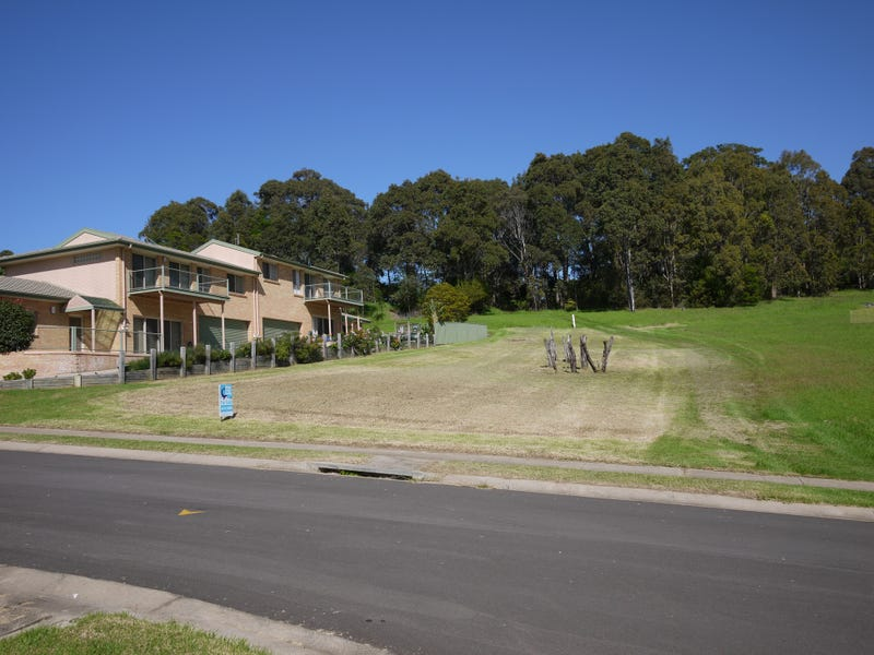 68 Warbler Crescent, North Narooma, NSW 2546