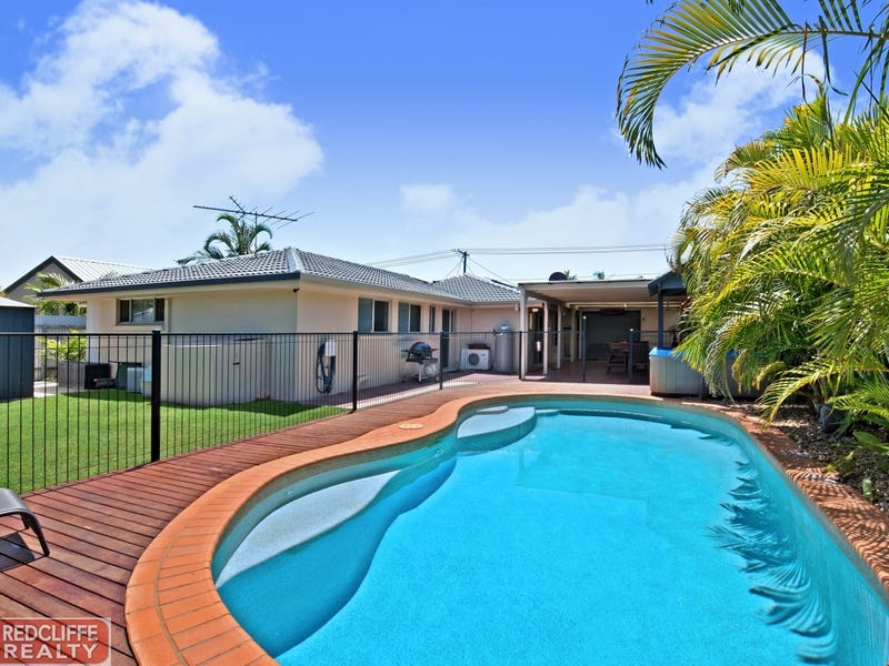 17 Matthew Street, Scarborough, Qld 4020