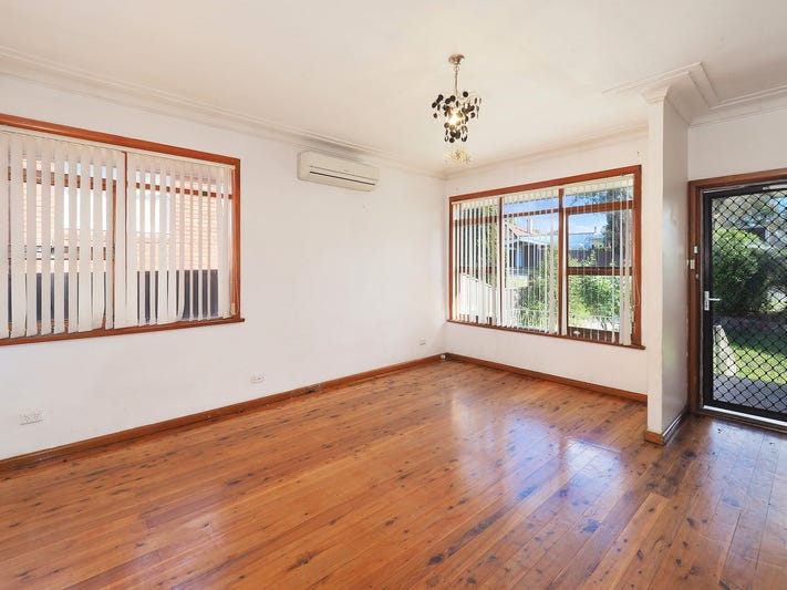 61 Queen Street, Guildford, NSW 2161