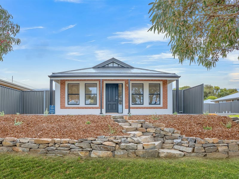 7 Princess Royal Parade, Hindmarsh Island, SA 5214