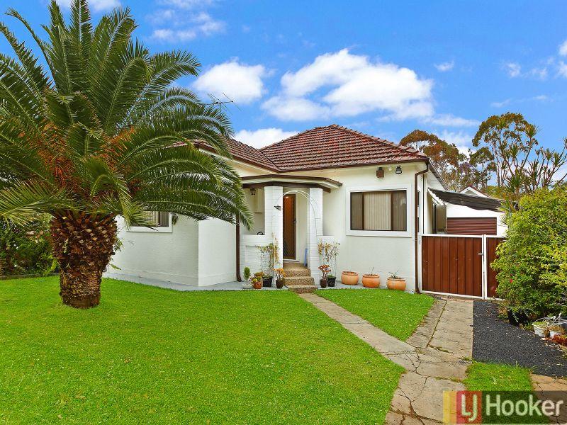 28 Farnell Rd, Yagoona, NSW 2199