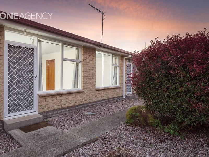 1/22 & 2/22 Deacon Street, Upper Burnie, Tas 7320