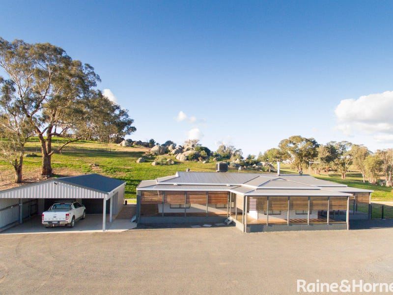 470 Chillingworks Road, Young, NSW 2594