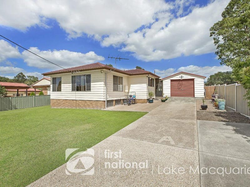 14 Throckmorton Street, Killingworth, NSW 2278