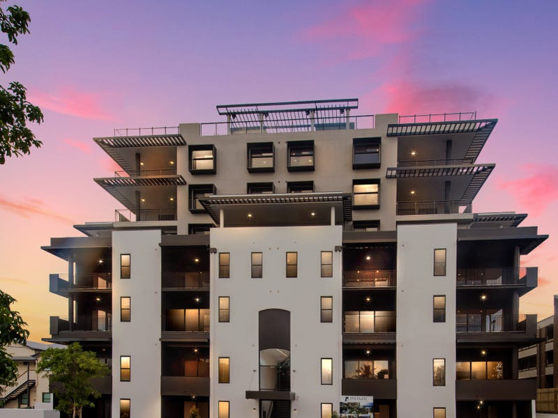 402/131-135 Clarence Road, Indooroopilly, Qld 4068