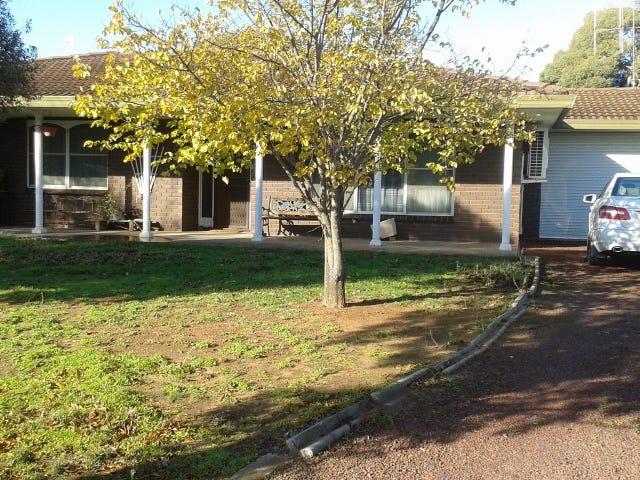 42 Cobram St, Berrigan, NSW 2712
