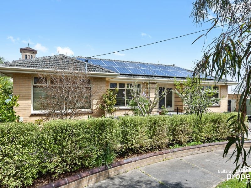 1 Chesterfield Court, Soldiers Hill, Vic 3350
