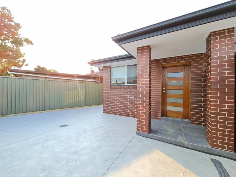 23a Dakota Drive, Bossley Park, NSW 2176