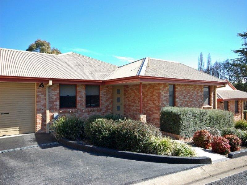 2/10 Lambs Avenue, Armidale, NSW 2350