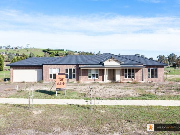 17 Quail Avenue, Whittlesea, Vic 3757