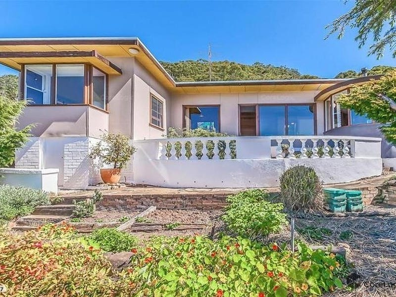 12 Murrawal Road, Stanwell Park, NSW 2508