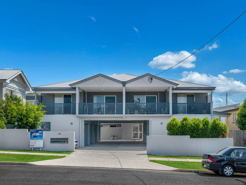 2/15 Rolle Street, Holland Park West, Qld 4121
