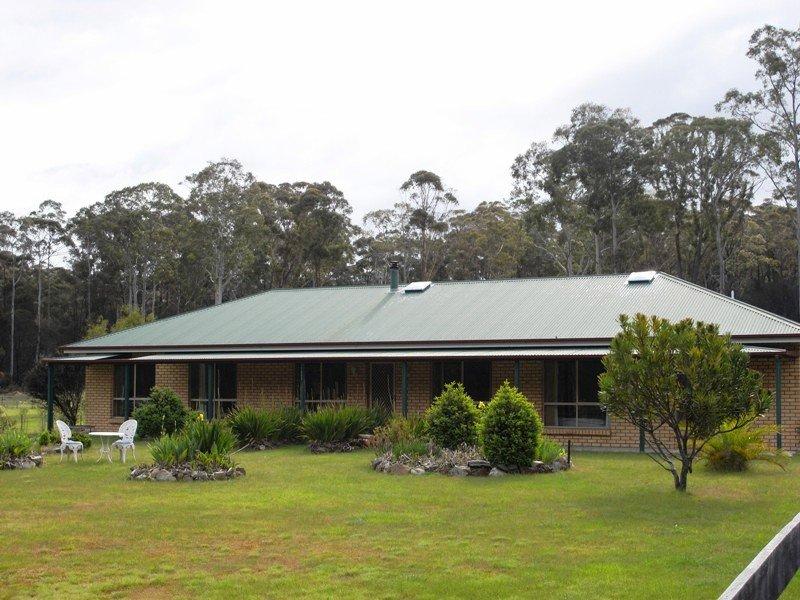 45 Eastern Creek Road, Upper Scamander, Tas 7215