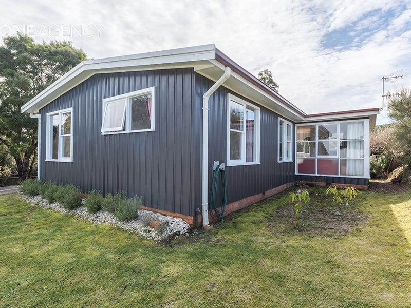 60 Counsel Street, Zeehan, Tas 7469