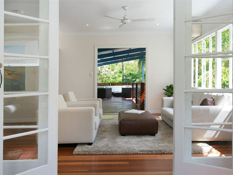 49 Dell Road, St Lucia, Qld 4067