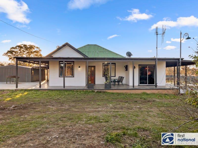 11 Cossack St, Bowning, NSW 2582