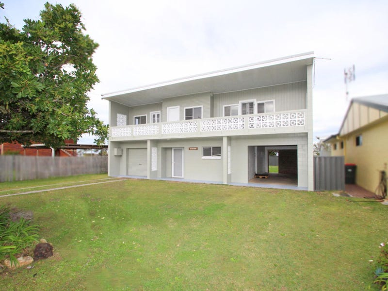 1 Heath  Street, Brooms Head, NSW 2463