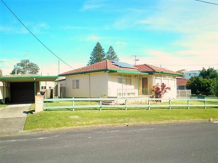 12 Helen Street, Forster, NSW 2428