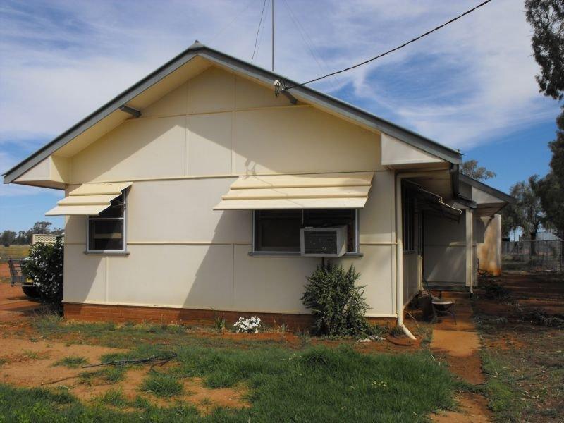 3 Mouramba, Hermidale, NSW 2825