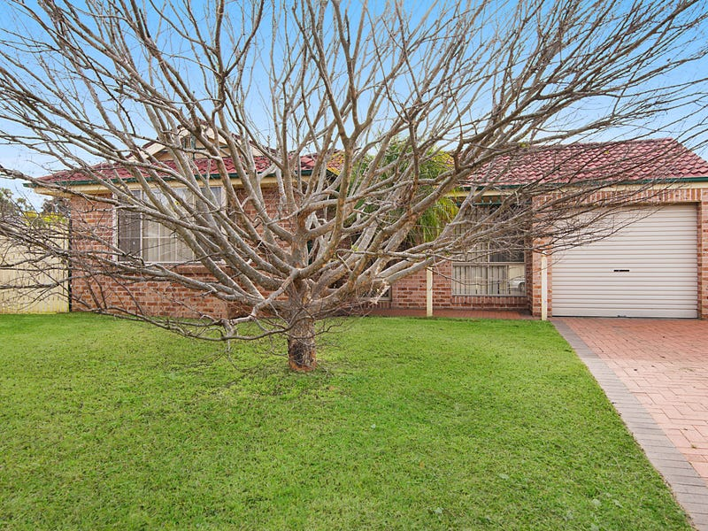 5 Clyde Cl, Bateau Bay, NSW 2261