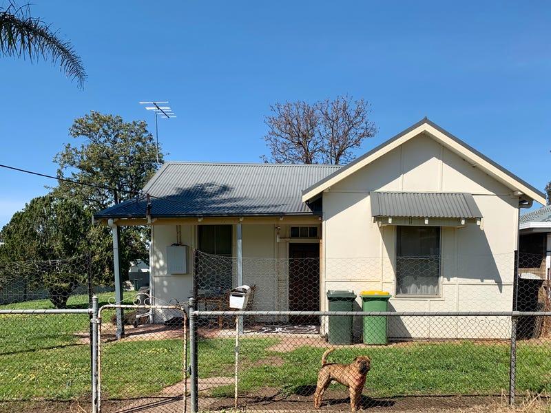 15 Keirath Street, Henty, NSW 2658