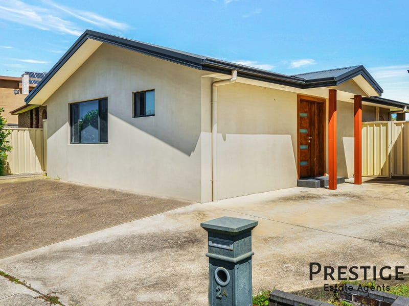 2A Lachlan Street, Bossley Park, NSW 2176