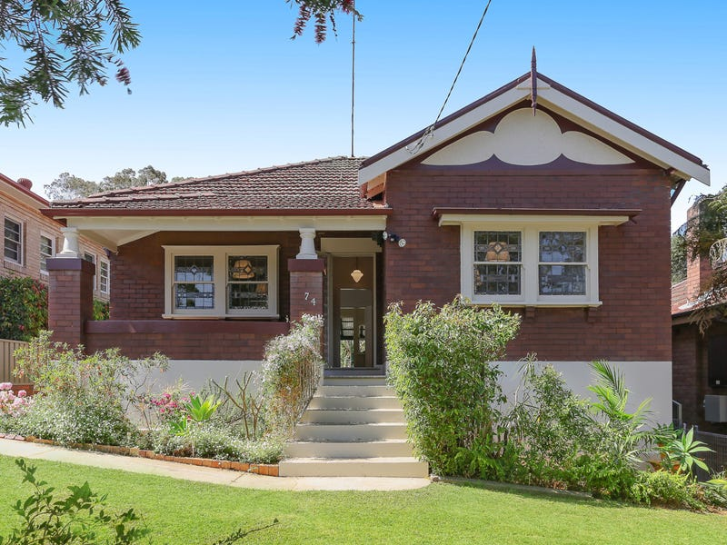 74 Pacific Avenue, Penshurst, NSW 2222